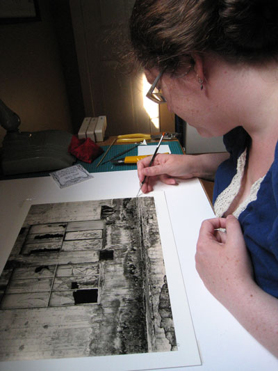 photo-conservator-at-work